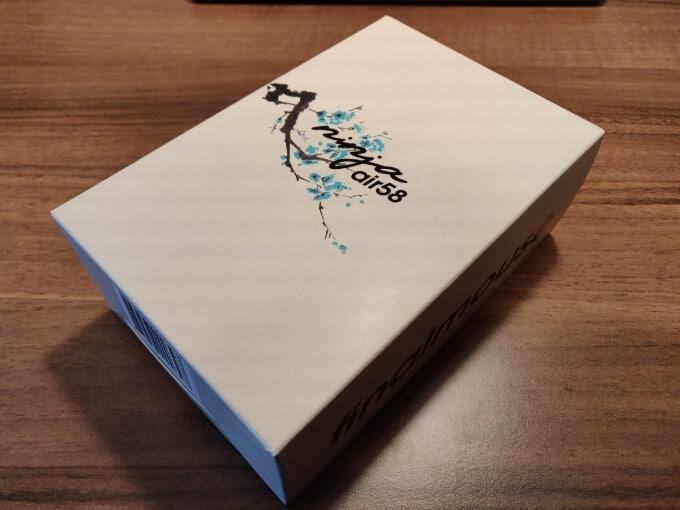 Air58 Ninjaの箱