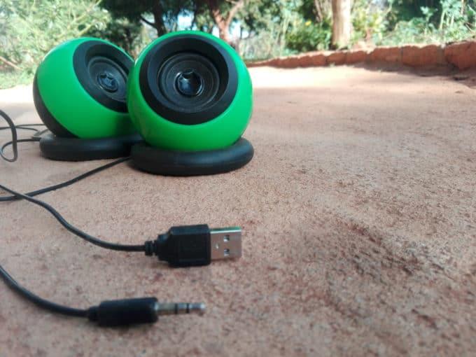 USB スピーカー