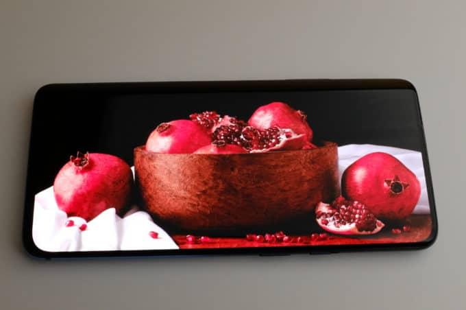 OnePlus 7 Pro ディスプレイ