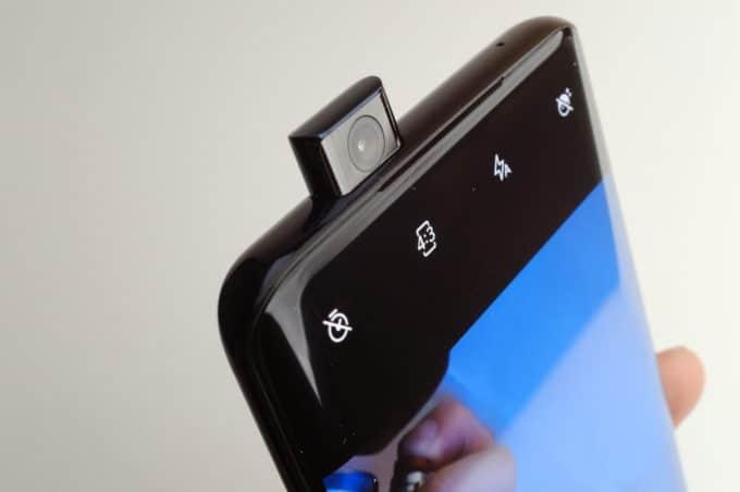 OnePlus 7 Pro フロントカメラ