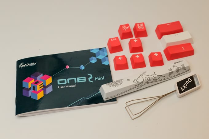 Ducky One 2 Mini 付属品