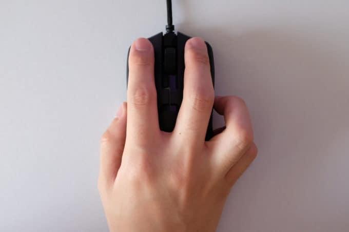 Razer Viper 右サイドボタンをわざと押す