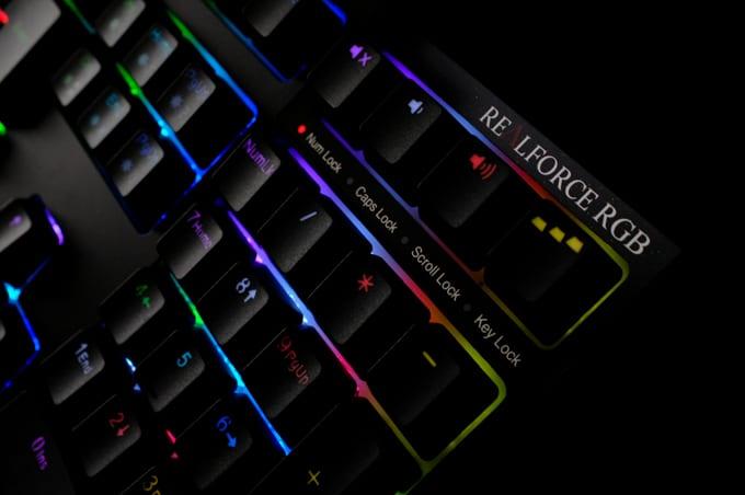 REALFORCE RGB(R2A-JP4G-BK) レビュー