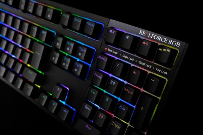 FPSゲーマーがREALFORCE RGB(R2A-JP4G-BK)を使ってみた【レビュー】