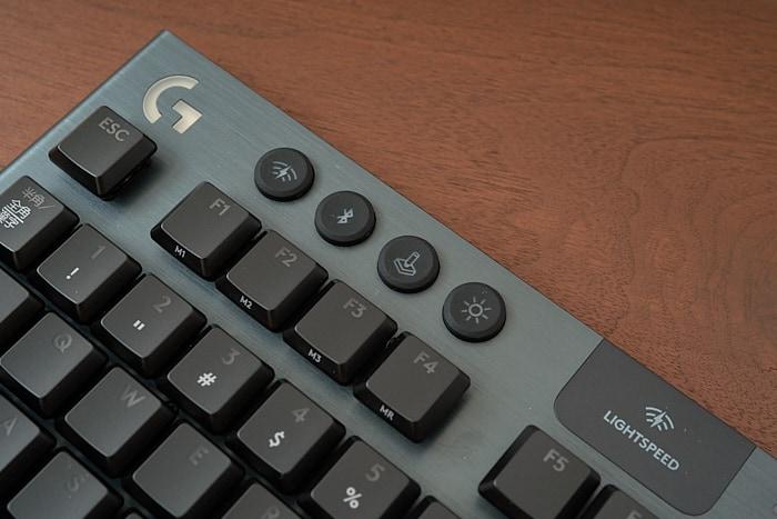 G913 TKL ボタン
